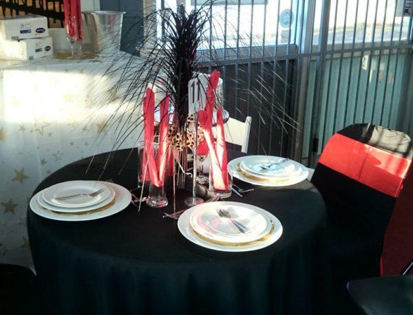 Table, Round (0.9m) Folding 3'
